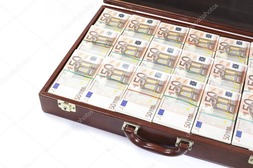 depositphotos_86146786-stock-photo-fifty-euro-banknotes-in-a