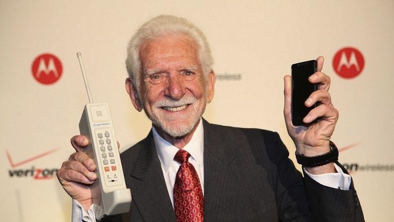 cat-de-mult-au-evoluat-telefoanele-mobile